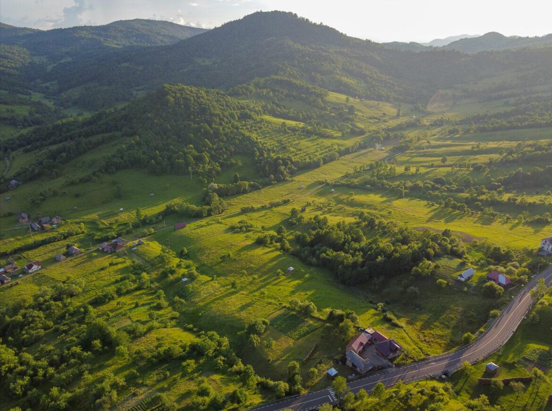 Viața după un an la sat. Ghidul realității de la țară